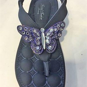 1109-22 A Sandal - flad med sommerfugl i blå