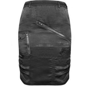 nederdel med masser af detaljer